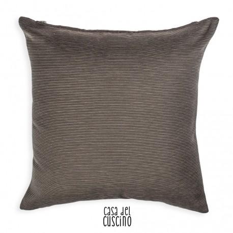Ottomano cuscino arredo marrone tinta unita.