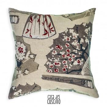Giappone cuscino arredo beige tinta corda con macchie di rosso in stile etnico
