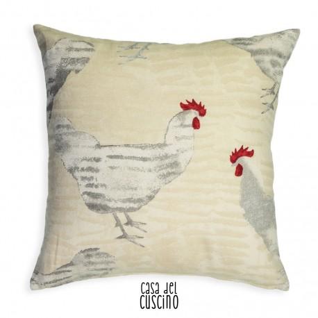 cuscino arredo avorio con stampe di galline
