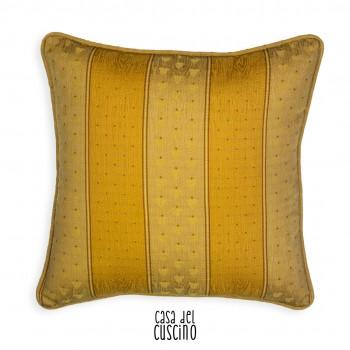 cuscino arredo giallo  con fasce verticali giallo oro. Retro damascato ton sur ton