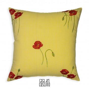 cuscino arredo con quadretti vichy verde acido e motivo floreale rosso